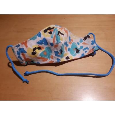 Mondkapje met gekleurde spetters en blauw touwtje